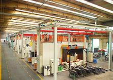 重型車橋機器人焊接生產線