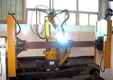 推土機平衡梁機器人焊接系統