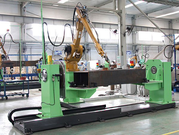 动臂中段机器人焊接系统