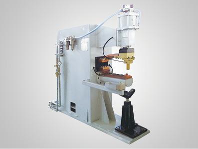 热水器内胆进出水管阻焊专机