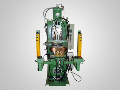 汽车制动泵前体与凸焊螺栓焊接设备