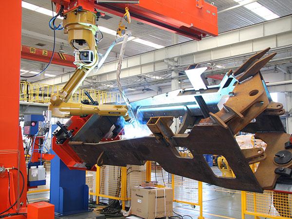 后车架机器人焊接系统