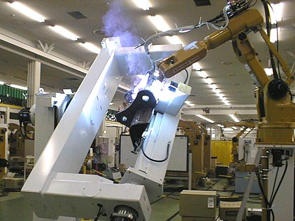 铲斗顶部机器人焊接系统