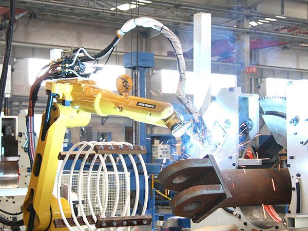 履带起重机-主弦杆机器人焊接系统