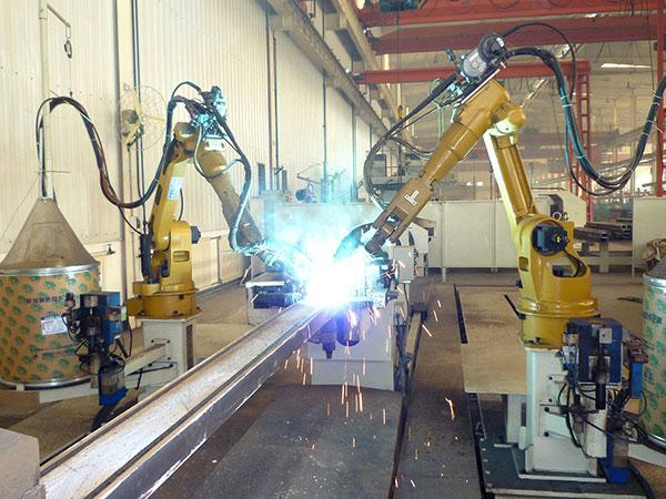 台车方盒机器人焊接系统(双机器人、双工位)
