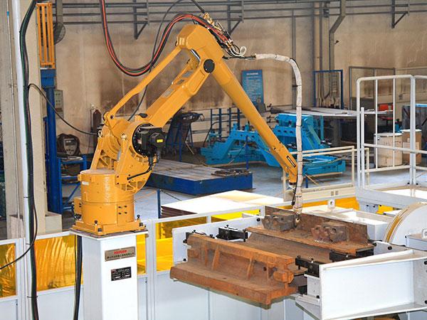 中部槽机器人焊接系统