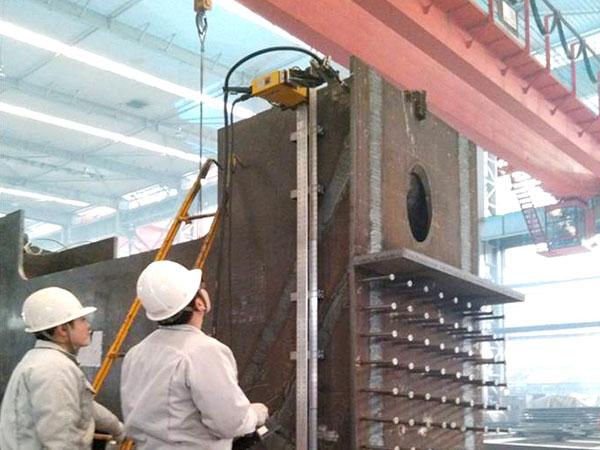 钢锚箱厂内预制-立焊