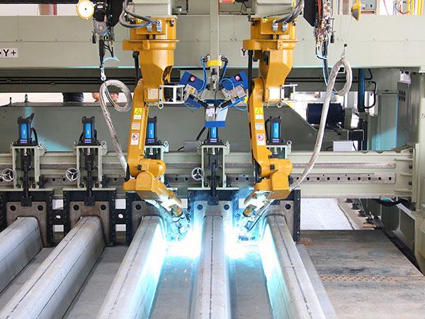 U肋板装配机器人焊接系统(双机器人)
