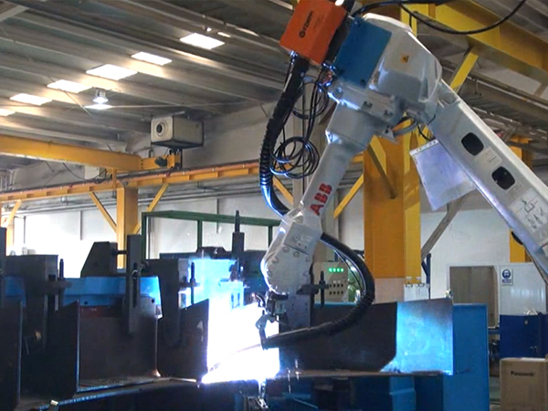 Saddle robot welding system_Tand Wagon_LNG