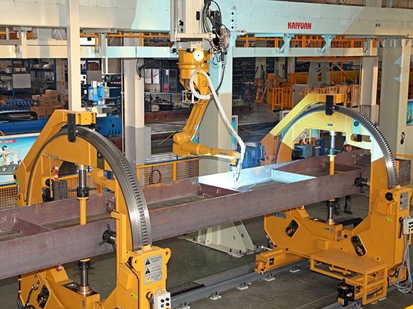H型梁隔板机器人焊接系统