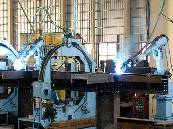 十字柱机器人焊接系统