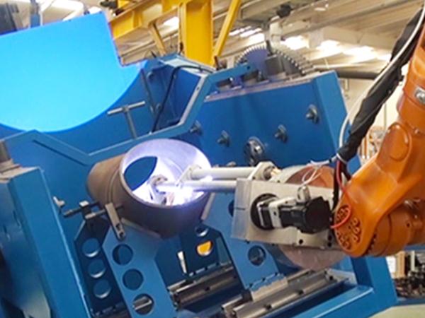 90°弯管自动堆焊机