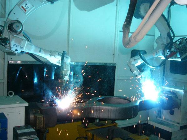 车桥桥壳智能化柔性焊接生产线