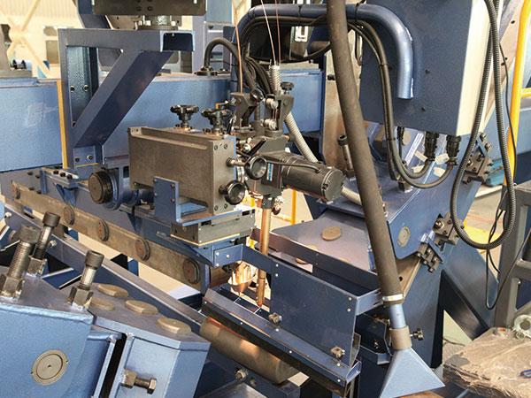 合缝焊接一体机