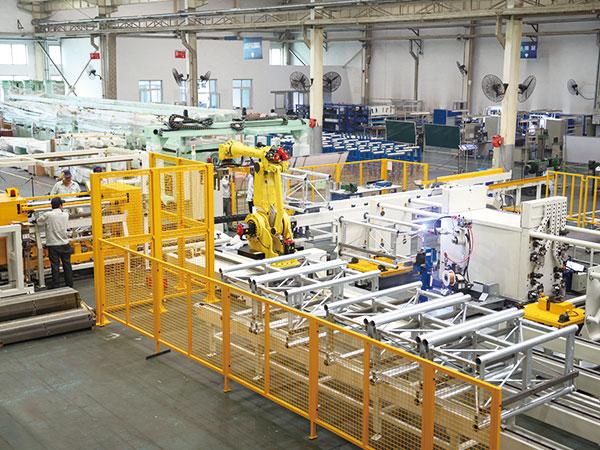升降机标准节智能柔性焊接生产线
