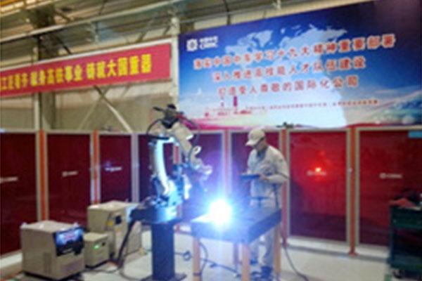 唐山松下焊接机器人在中国中车竞赛中大展风采