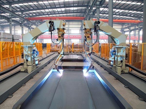 载车板机器人焊接系统
